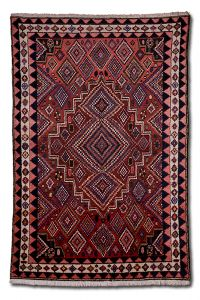 Koberec Bakhtiar Írán 240 x 160 cm