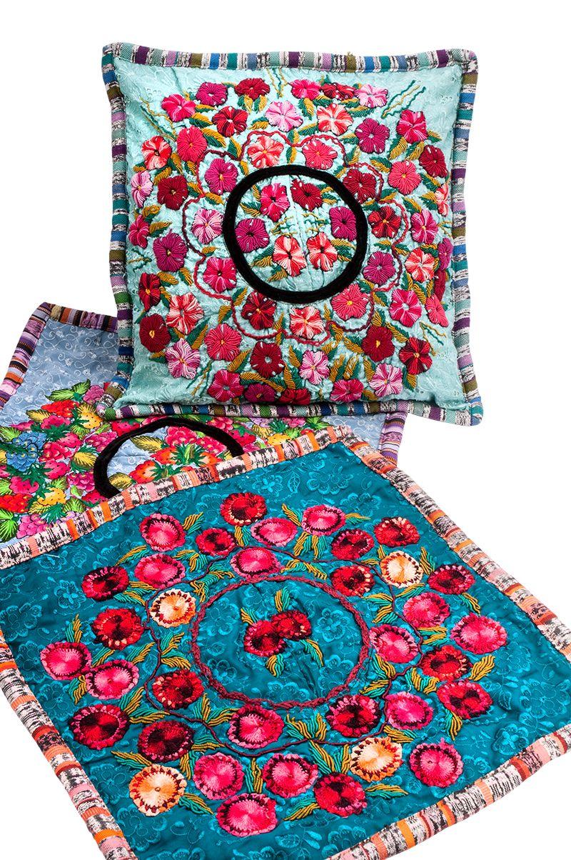 Povlak na polštář vyšívaný tkaný 50 x 50 cm | SoNo spol. s r.o.