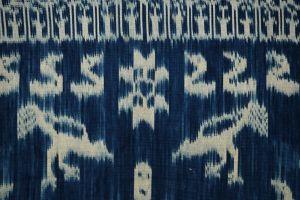 Ikat Sumba přehoz, tkaná textilie 258 x 112 cm II   SoNo spol. s r.o.