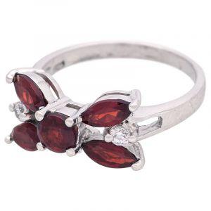 Stříbrný prsten s granáty Ag 2,7 g