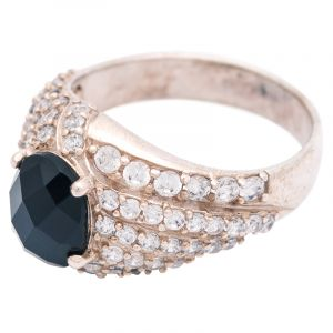 Stříbrný prsten onyx a zirkony Ag 4,8 g