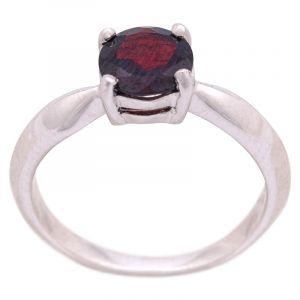 Stříbrný prsten s granátem Ag 3,2 g