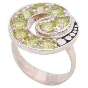 Stříbrný prsten s olivíny Ag 7,1 g